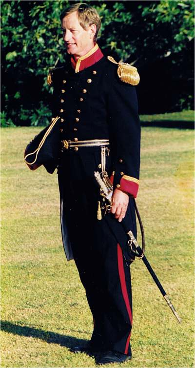 Well-known actor and announcer Peter Sledmere played Governor Hobson in an (inaccurate) navy uniform.