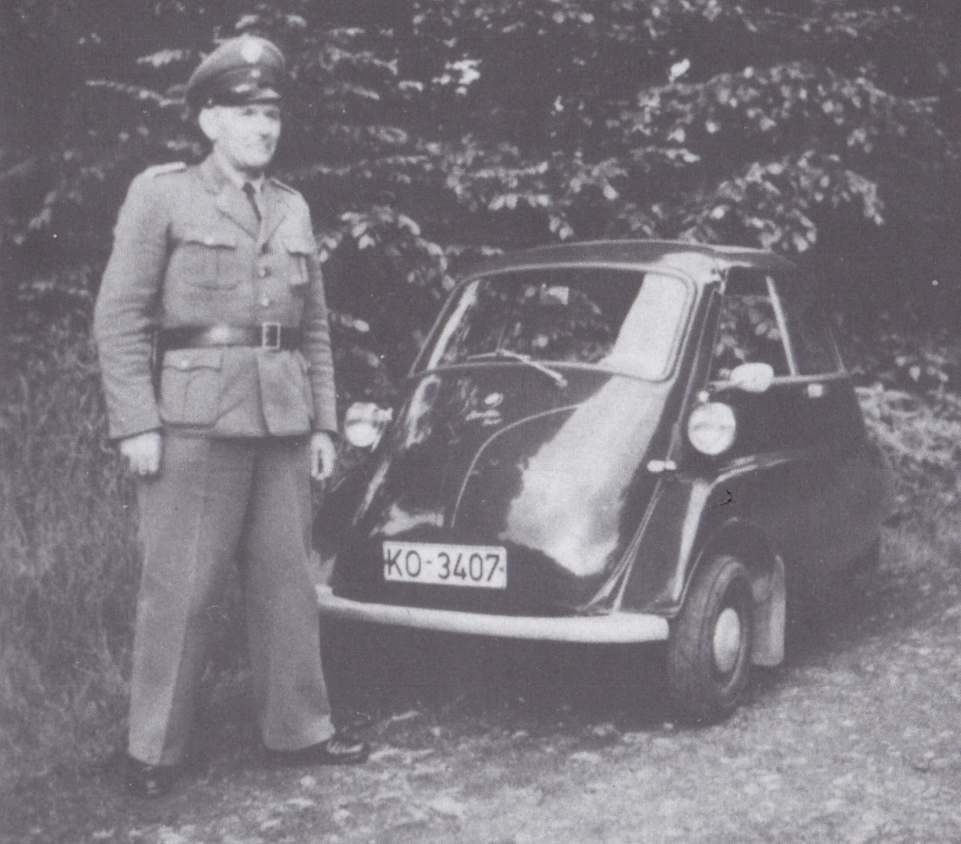 His Tiny Bmw Isetta Patrol